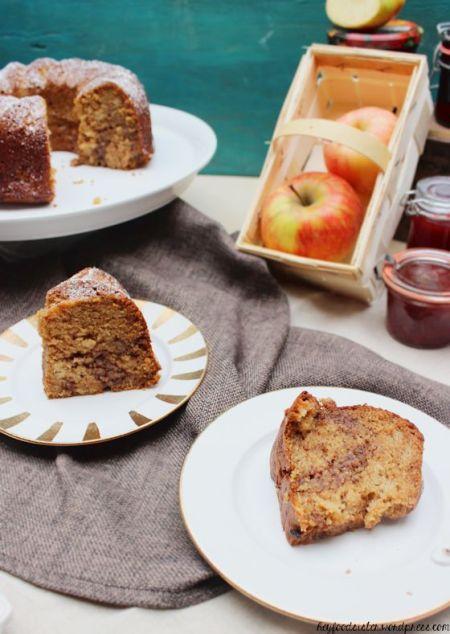 Marmorkuchen mit Nüssen und Apfelmus1.1