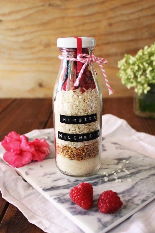 Rezept für Himbeer Milchreis im Glas Küchengeschenke