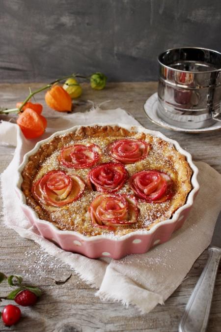 Rezept für eine Apfelrosentarte mit Frangipane