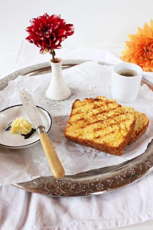 Rezept für gegrilltes Maisbrot mit Buttermilch