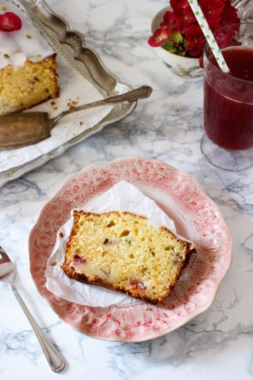 Rezept für einen Lemon Curd Rhabarber Kastenkuchen